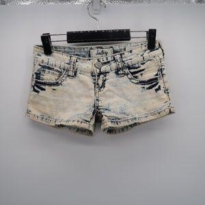 Daytrip Acid Wash Pocket Gemini Denim Jean Shorts